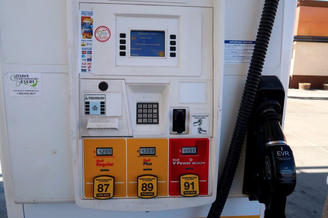 carte des stations services Faire son plein d'essence pendant son Road Trip dans l'Ouest