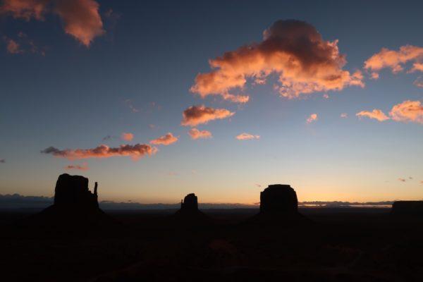 coucher de soleil monument valley