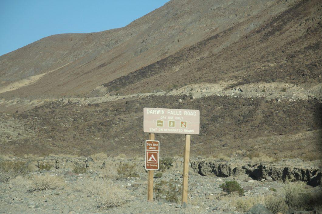 piste d'accès au parking
