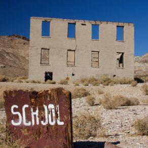 école Rhyolite