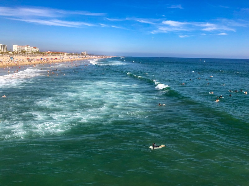 Huntington Beach  pier surfeur
