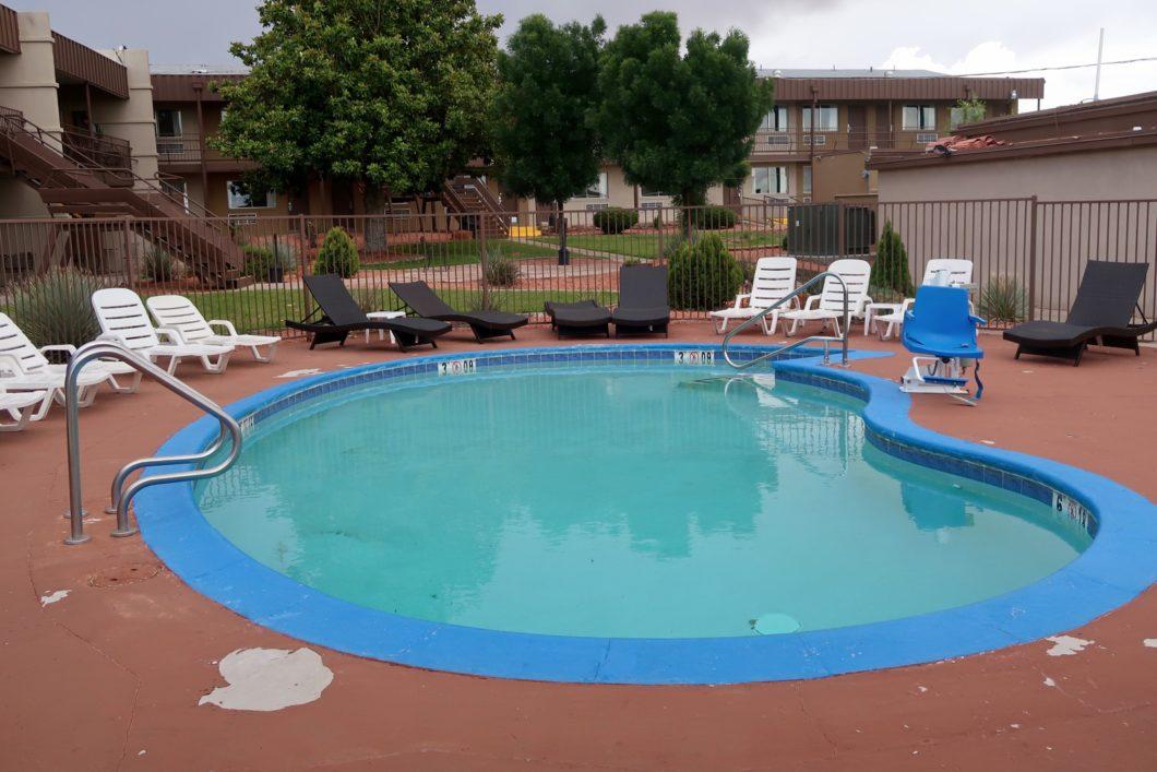 piscine Rodeway Inn