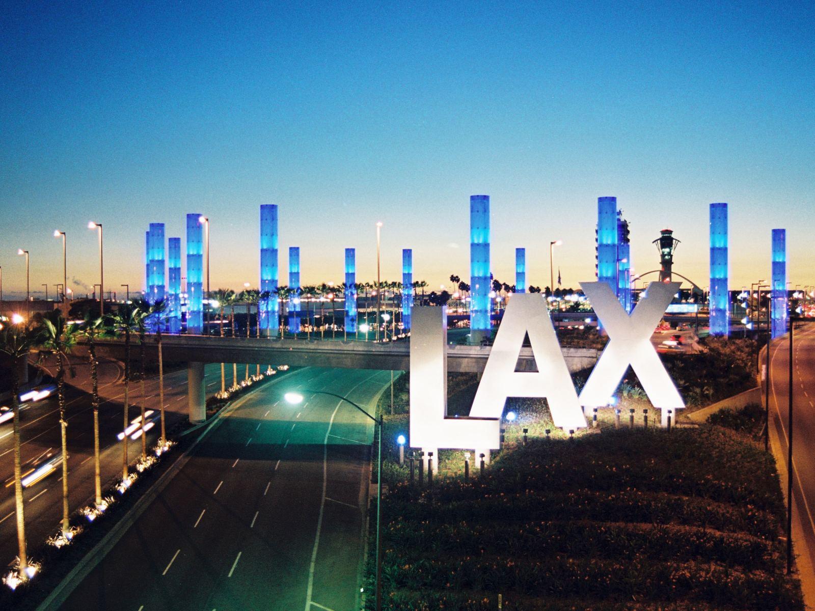 Loger à Los Angeles, Lax
