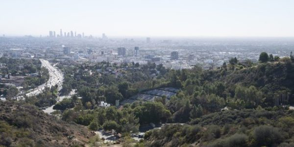 photo du Hollywood Bowl et Downtown LA depuis Mulholland drive