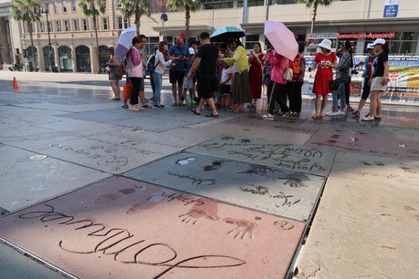 foule à Hollywood Boulevard